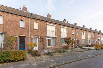 Burgemeester Lespinassestraat 14, Maastricht