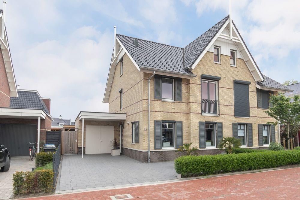 Oosterhof 33, Meteren