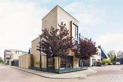 Colonnade 46, Hoofddorp