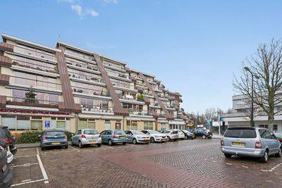 Rosmolen 64, Leiden