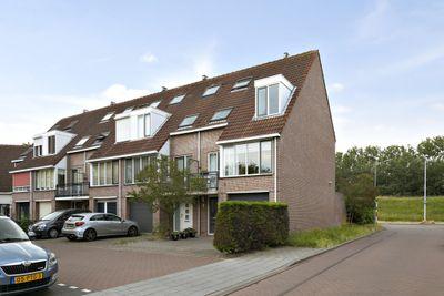 Zuiderzeestraat 129, Oost-souburg