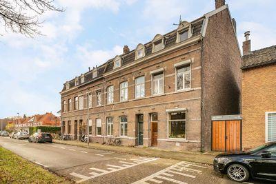 Lage Kanaaldijk 24, Maastricht