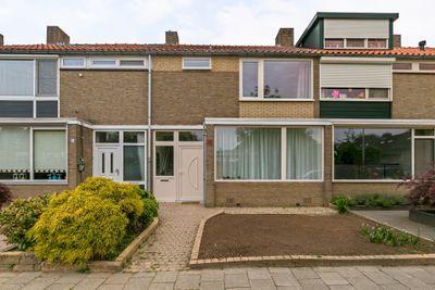 Bakhuizen van den Brinklaan 10, Eindhoven