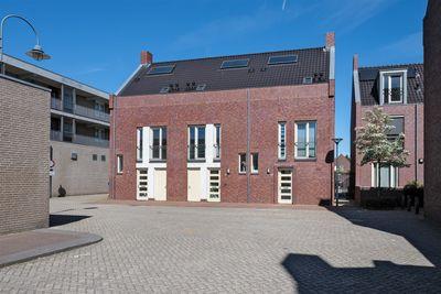De Jonghstraat 2, Veghel