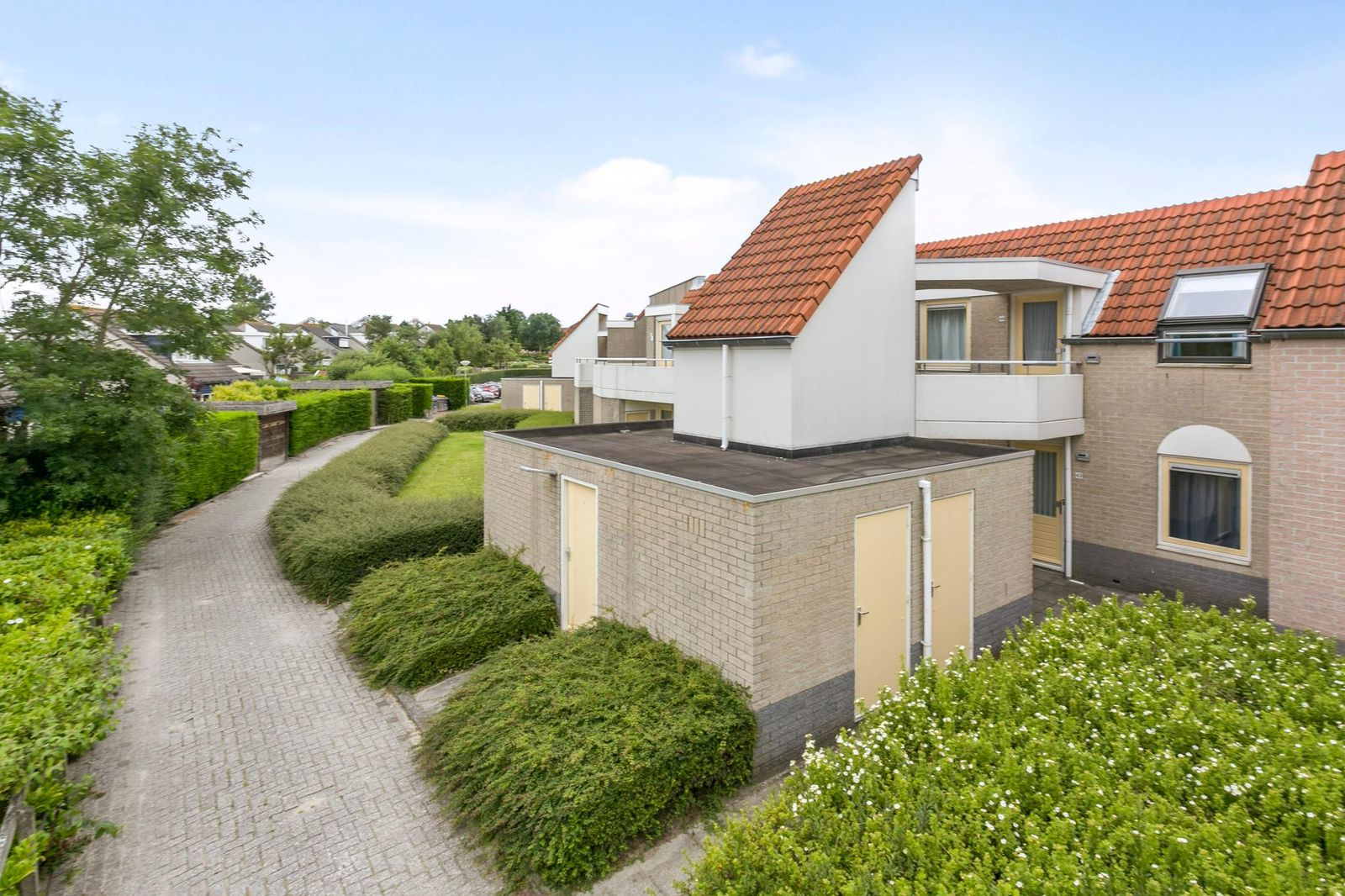 Centrum 44, Brouwershaven