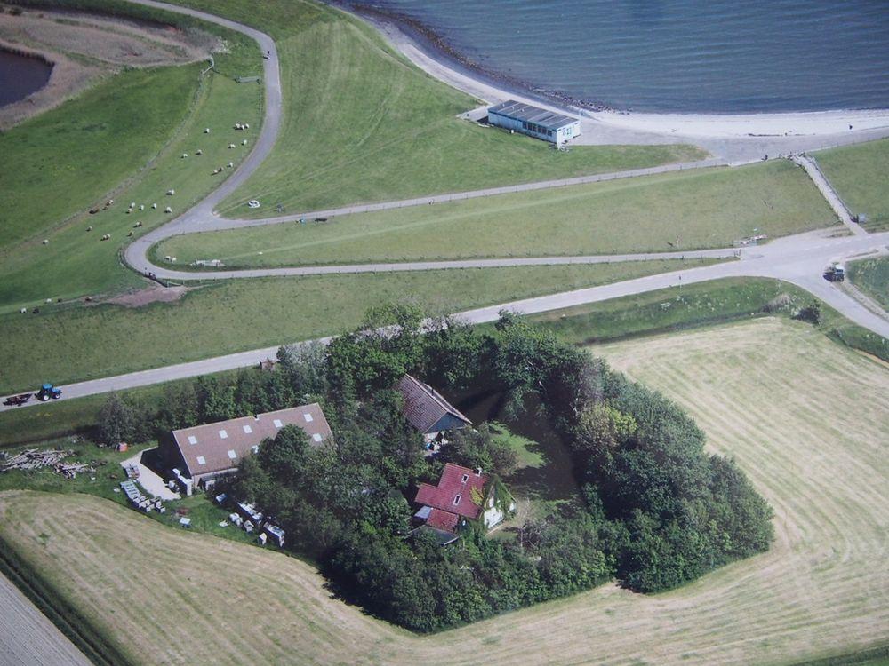 IJsdijk 25-25a, Oosterend