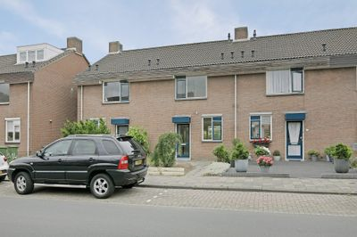 Zandeveltweg 6, 's-gravenzande