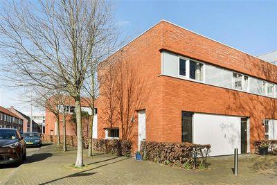 Robert Fruinstraat 16, Tilburg