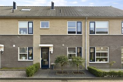 Churchillstraat 28, Dinxperlo