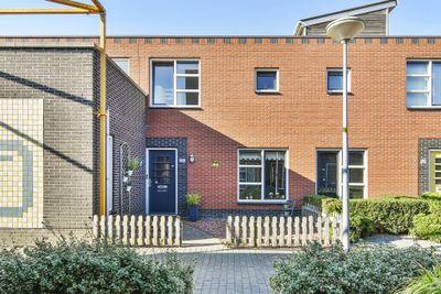 Bramerveld 61, Nieuw-vennep