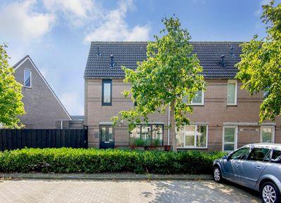 Edelenburg 123, Hoofddorp
