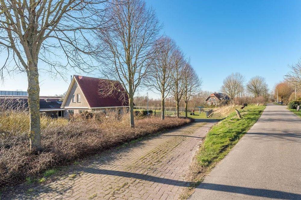 Onwaardsedijk 5, Dirksland