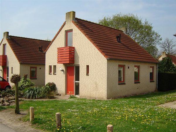 Groene Heuvels 14, Ewijk