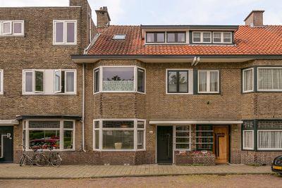 Loopschansstraat 42, Breda
