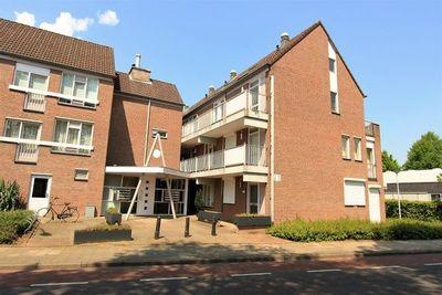 Planetenhof, Maastricht