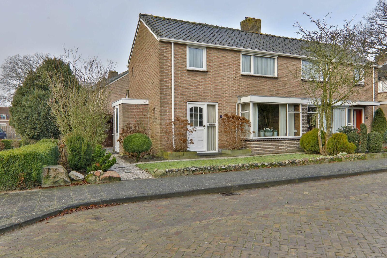 Dokter Broekhoffstraat 4, Hollandscheveld