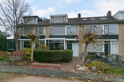 Van Houtenstraat 15, Maarssen