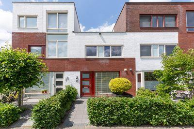 Rhodoshof 8, Rotterdam