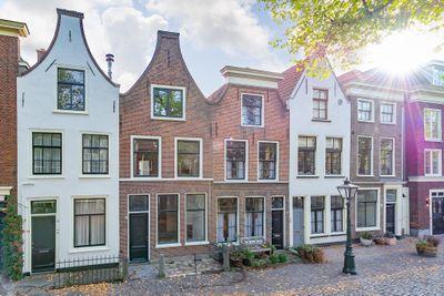 Garenmarkt 28, Leiden