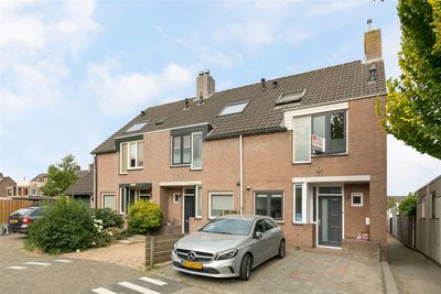 Remmerstein 82, Dordrecht