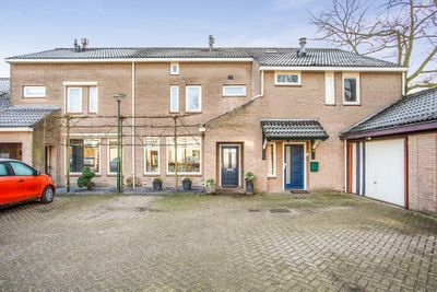 Zonnebloemhof 6, Schijndel