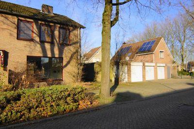 Demerstraat 2, Huijbergen