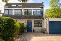 Slingebeekstraat 30, Almere