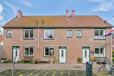Van der Lubbehof 26, Leiden