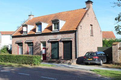 Nieuwstraat 79, Oostburg
