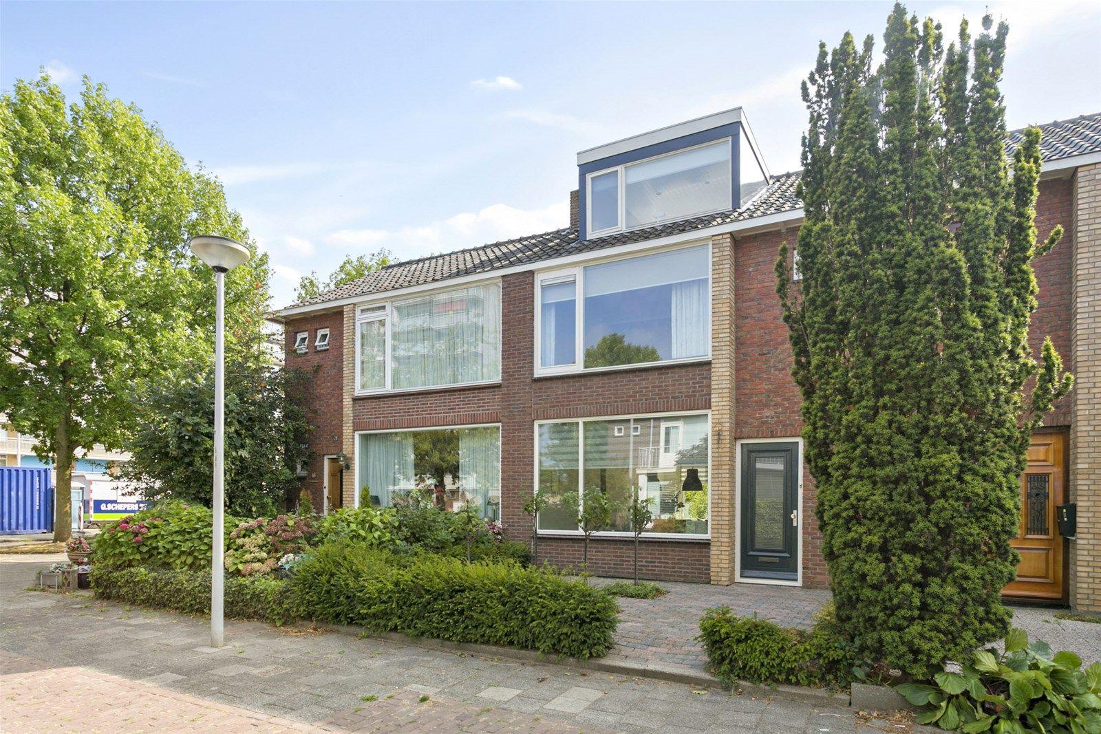 Reviusstraat 14, Papendrecht
