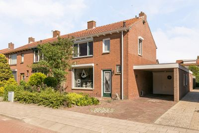 Jan van Bloisstraat 15, Tholen