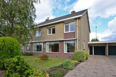 Sportveldweg 72, Nieuw-Vennep