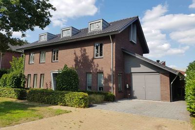Jan van Logterenlaan 13, Deventer