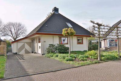 De Vlegel 32, Hoogeveen