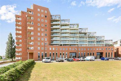 Schout van Hanswijkplein 64, 's-Hertogenbosch
