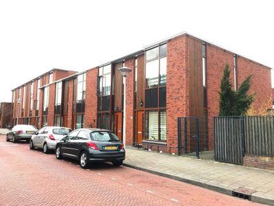 Menkemastraat 1, Den Haag