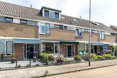 Henegouwerhof 104, Bodegraven