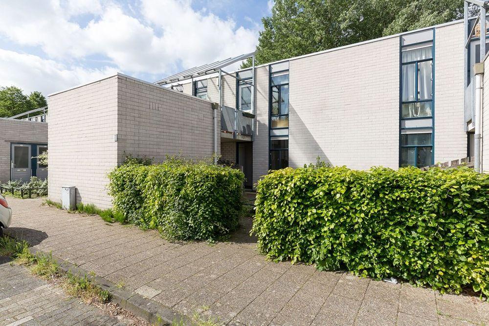 Garage Huren Almere : Huis huren in almere bekijk 99 huurwoningen