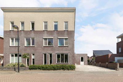 Onland 26, Kampen