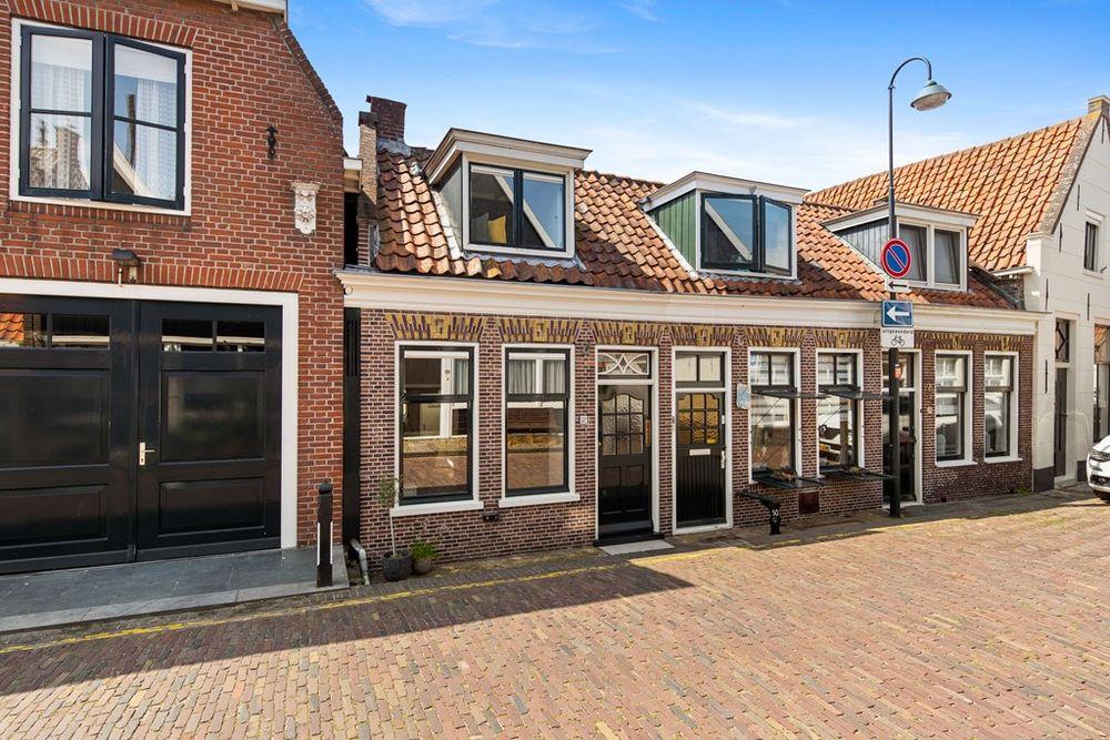 Zuideinde 52, Monnickendam