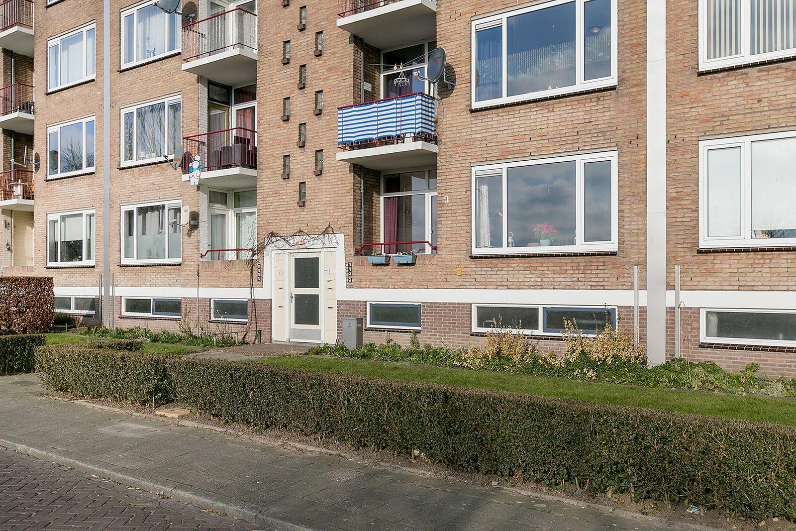 Hertog Arnoldstraat 66, Tiel