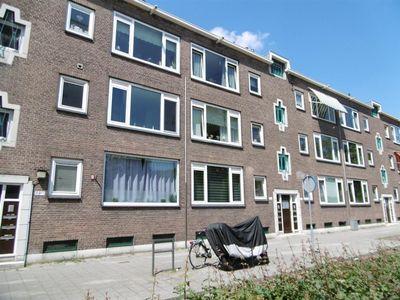 Dorpsweg 97-C, Rotterdam