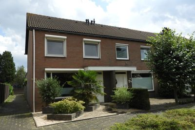 Carneooldijk 41, Roosendaal