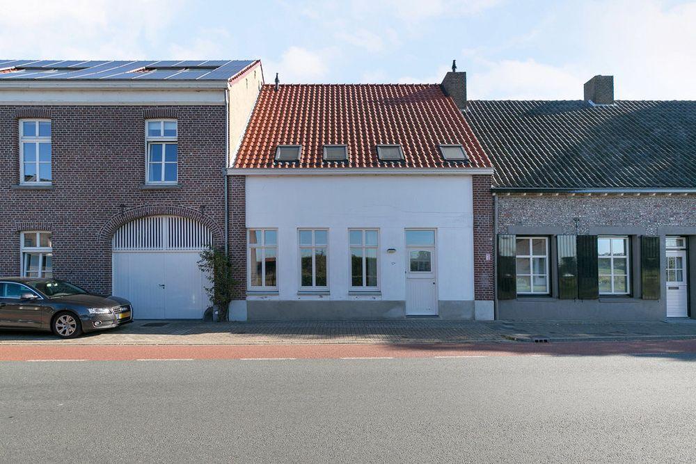 a17cbf76924 Huis kopen aan de Brugstraat 17 A in Grathem - Bekijk 1 koopwoningen