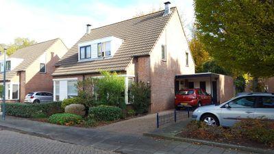 Krommebeemd 11, Oosterhout