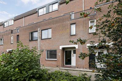 Meindert Hobbemastraat 99, Dordrecht