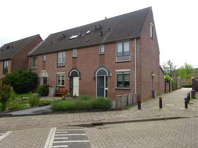 Generaal Gavinstraat 322, Groesbeek