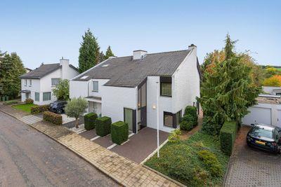 Dauphinélaan 19, Maastricht