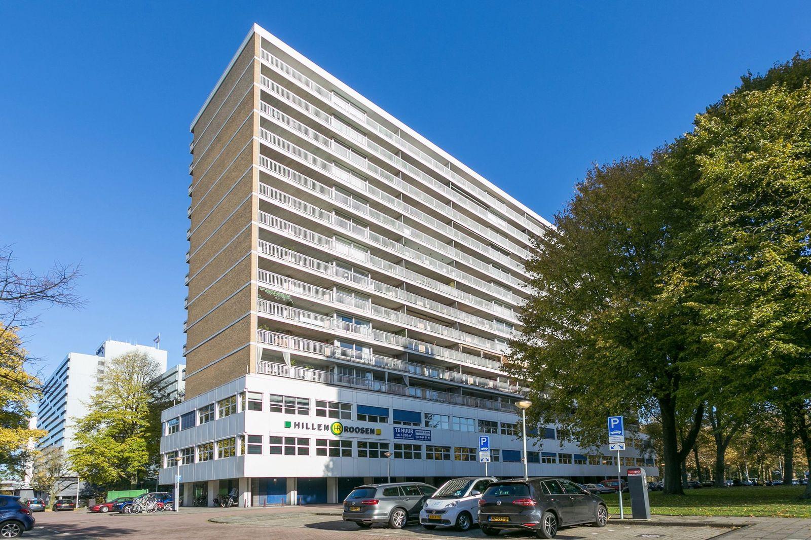 Mensinge, Amsterdam