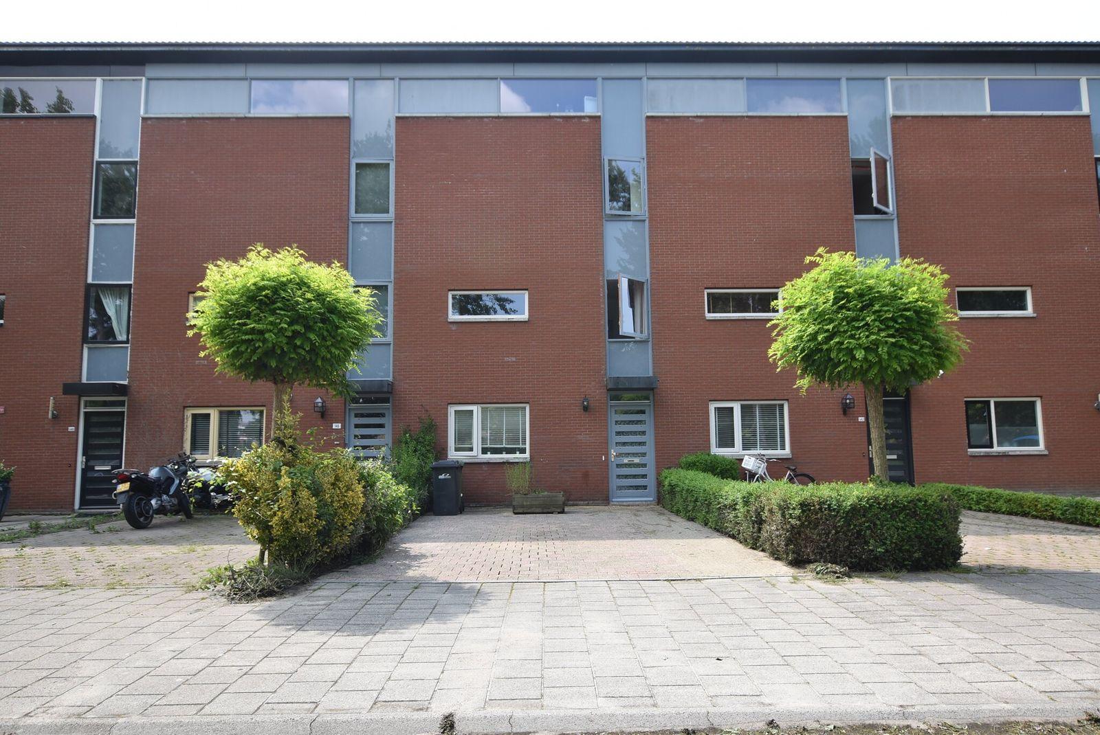 Cannenburch 144, Lelystad